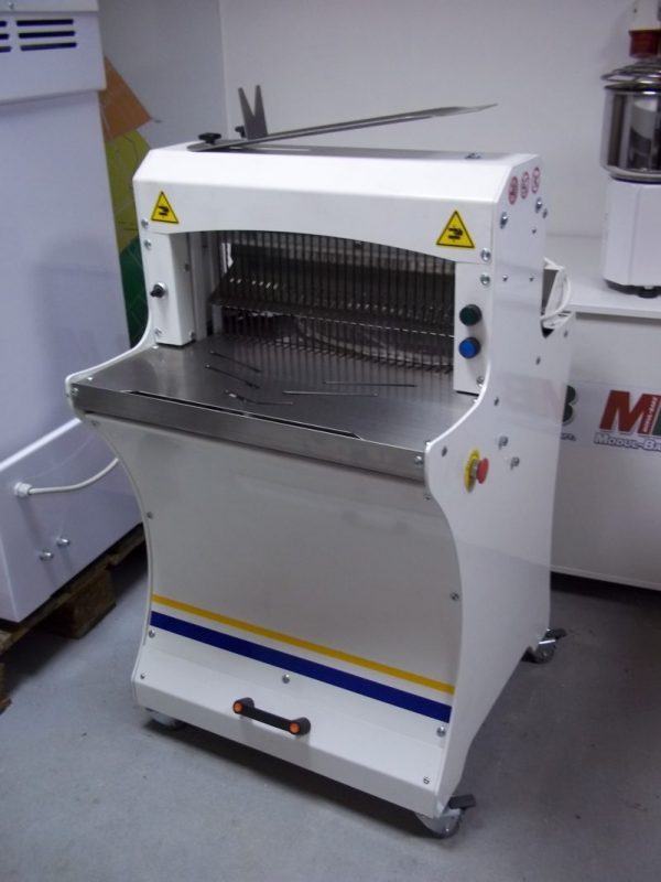Automata kenyérszeletelő gép
