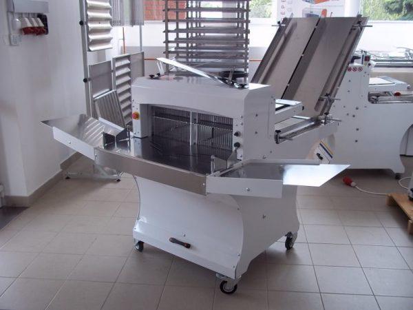 Szalagos kenyérszeletelő gép - DUO