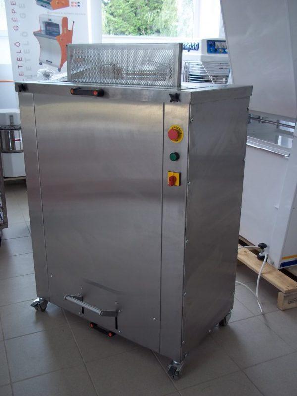 Sütőlemez tisztító gép
