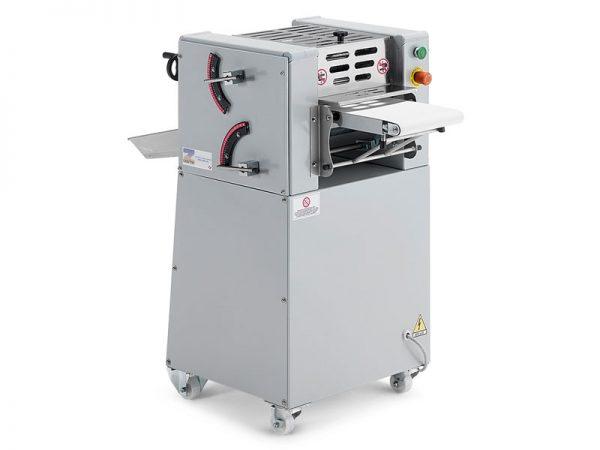 Leveles tészta gyártó gép: croissant sodró gép (opció)