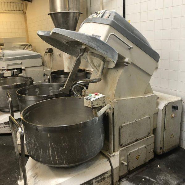 Használt kivehető csészés dagasztó gép