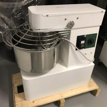 Olasz dagasztó gép 12 kg tésztához