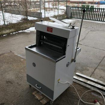 Felújított kenyérszeletelő gép
