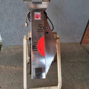 Használt zsemle szeletelő / kettévágó gép