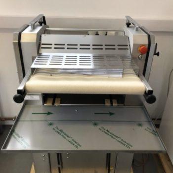 Szalagos Olasz kiflisodró gép, teljesen rozsdamentes acél kivitel