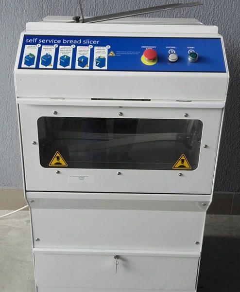 SELF52 automata önkiszolgáló kenyérszeletelő gép