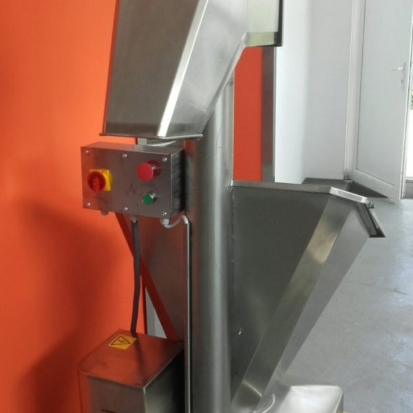 IUN lisztszita gép